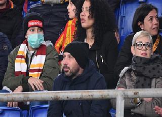 4 trận đấu Serie A hoãn vì Covid-19