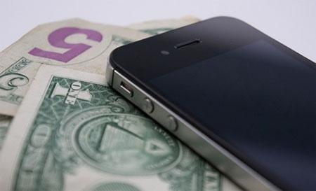Apple cho đổi iPhone cũ lấy iPhone 5S trong tháng 9