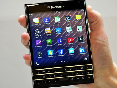 BlackBerry Z3 và Passport dành giải thưởng thiết kế của năm
