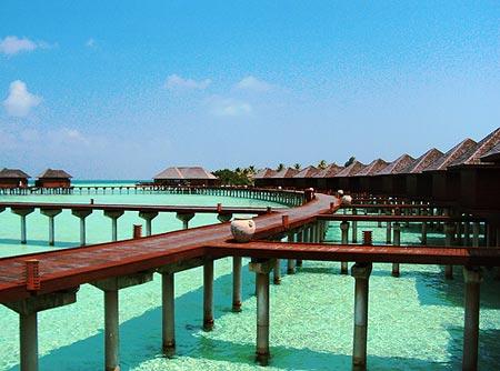 Khám phá những bờ biển đẹp mê hồn tại Đông Nam Á