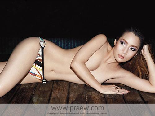"""""""Bỏng mắt"""" với ảnh nude của mỹ nhân quyến rũ nhất Thái Lan"""