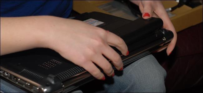 Cách nhận biết thời điểm cần thay pin cho laptop