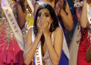 Cận cảnh nhan sắc của cô gái vừa đăng quang Hoa hậu Thế giới 2016