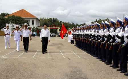 Chủ tịch nước làm việc với Hải quân