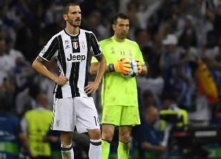 Conte tự tin đưa trung vệ thép của Juventus về Chelsea