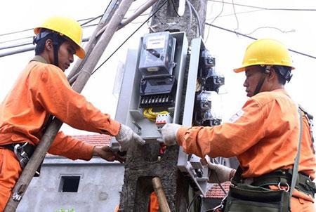 """Giá điện sắp tăng """"sốc"""": EVN cần tiền để trả nợ!"""