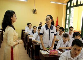 """Học sinh bị đuổi học vì nói xấu thầy cô: """"Đừng xem kỷ luật là đặc quyền của người lớn"""""""