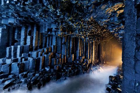 Fingal - Hang đá kỳ lạ ở Scotland