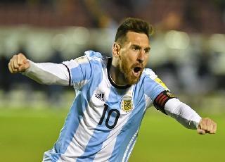 'Vị thần' Leo Messi gánh cả Argentina đến World Cup 2018