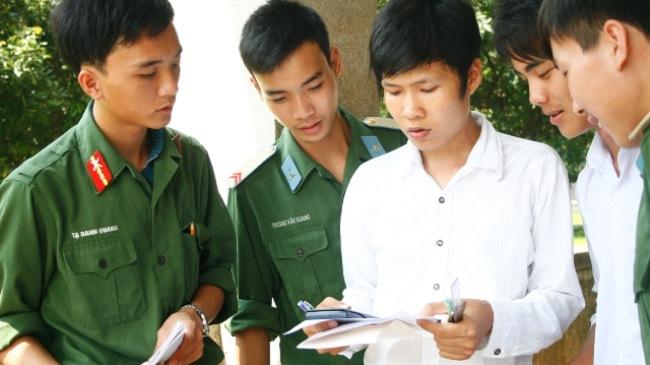 Năm 2015, các trường quân đội không tuyển sinh thêm khối thi mới