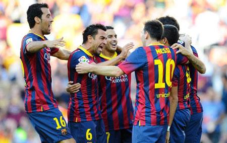 """Neymar dự bị, Barca nã """"7 trái bom"""" vào lưới Levante"""