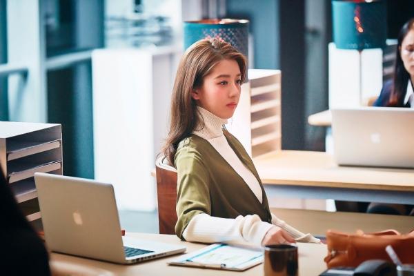 18 tuổi, nữ sinh Singapore nổi tiếng khắp châu Á với danh xưng 'Hot girl quả táo'  - Ảnh 11.