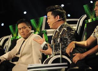 Quang Lê nhận xét lòng vòng, khó hiểu làm khán giả cười ồ