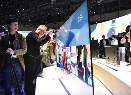 Sony ra mắt ti vi mỏng nhất thế giới
