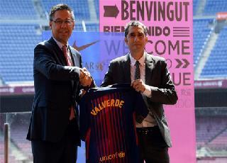 Tân HLV của Barca đặt mục tiêu giúp Messi chơi hay hơn