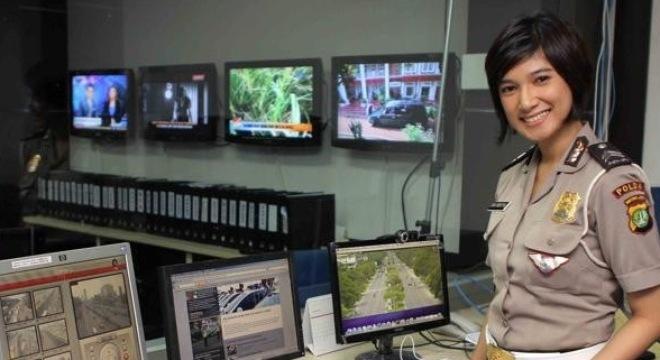 Vì sao Indonesia kiểm tra trinh tiết nữ cảnh sát?