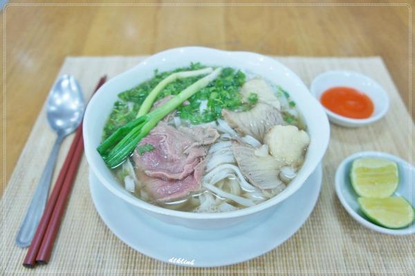 Phở Cồ gia truyền tại Hà Nội